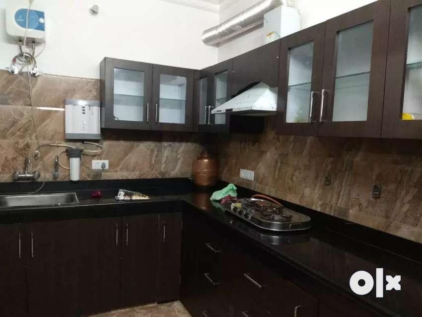 4 Rooms (2 Bedroom,1 Lobby,1 Drawing)House with semi Furnished Rooms 0