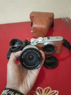 Kamera Mirrorless Fujifilm X-A2 lensa 16-22MM