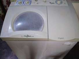 Whirpool washing machine with Whitemagic Super with hand wash system