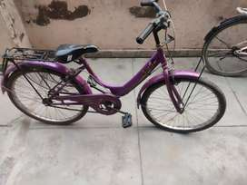 Lady cycle upto 10 year old