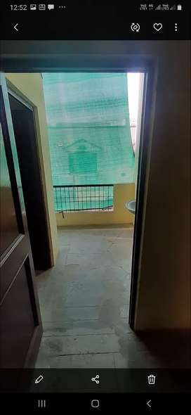 2 room set available on 1st floor on main road
