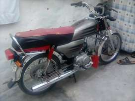 Chakwal num honda 70 lush condition scratchless tankitape one hand use