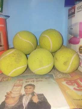 Second hand Original Vicky tennis ball 50 rs per ball