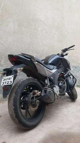 Honda Hornet 160 BS4