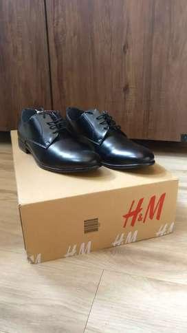 Original H&M Black derby shoes - size 45/10.5
