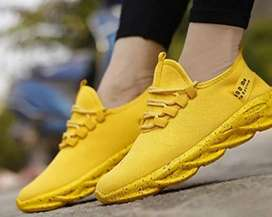 Yellow off white trendy
