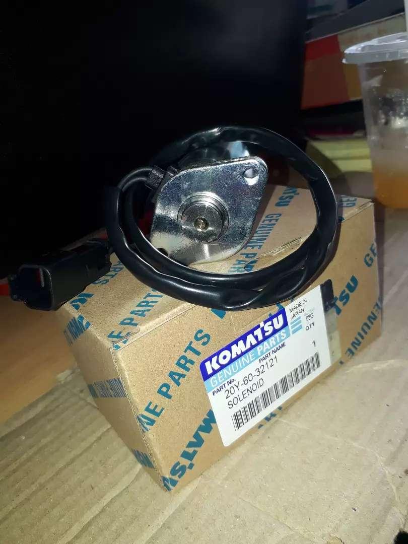 Solenoid pump exavator komatsu pc200-7 oem 0