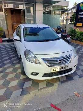 Full option Nissan sunny for sale