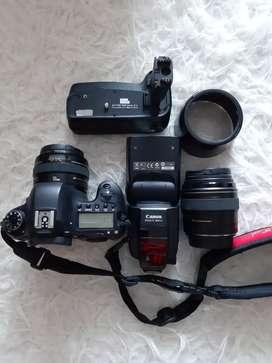 Kamera Canon DSLR 6d komplit 2 lensa+flash+battery grip