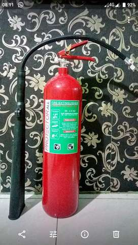 Tabung Pemadam Api Powder Hallon Co2 (APAR)