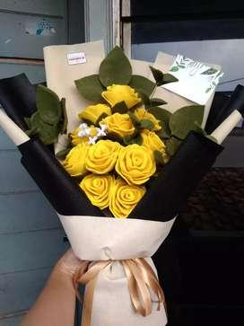 Buket bunga mawar 12 tangkai