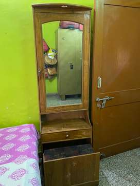 Dressing Table with Seater