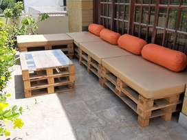 Pellet Sofas with Table