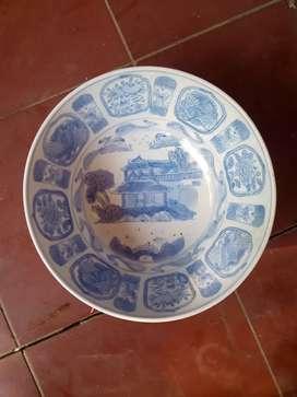 Mangkok antik made of china