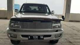 Toyota Land Cruiser VX Limited 2002 AT Diesel
