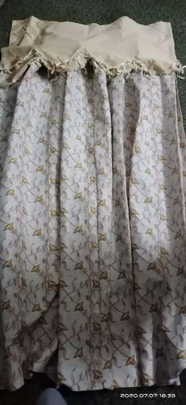 "4 pieces of Curtains(6'8"") with palmet  in good condition"