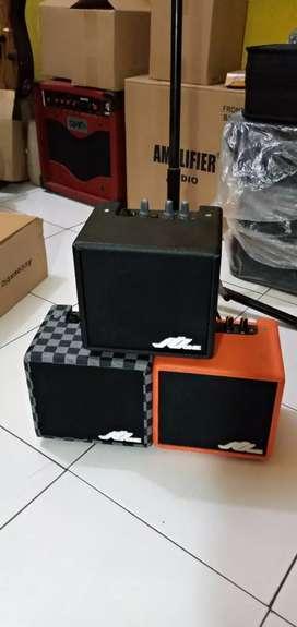 Amplifier 4 in news