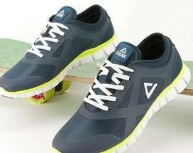 Peak running shoe