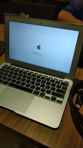 DIBELI HARGA OKE MacBook Pro Air Retina dijemput