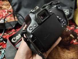 Canon 700D touch screen Latest dslr camera