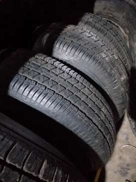Used tyre size 215 / 75 / R15
