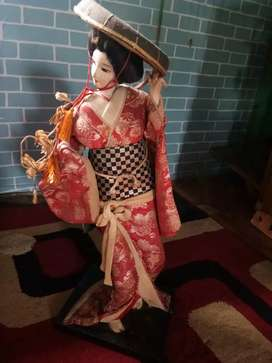 Boneka antik geisha jepang