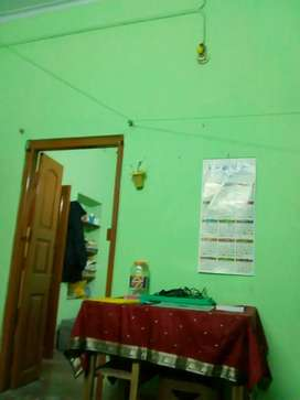 1 single double occupancy room is available for rent in a mess