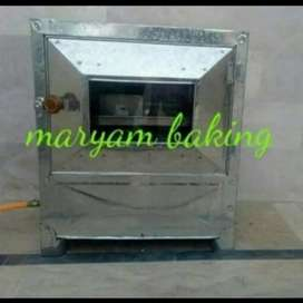 Gas oven +baking tools