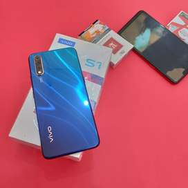 VIVO S1 Cosmic Green 4/128Gb