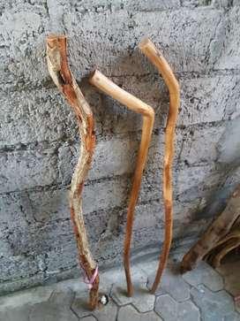 Tongkat jalan kayu sentigi asli