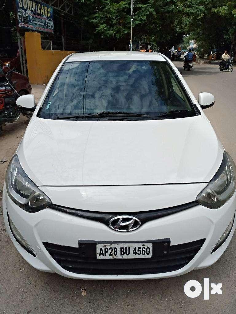 Hyundai I20 i20 Sportz 1.2, 2012, Diesel 0