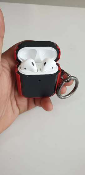 Apple airpods series 2 just 3 days old excellent working