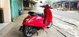 Vespa Matic Primavera merah 2014 istimewa