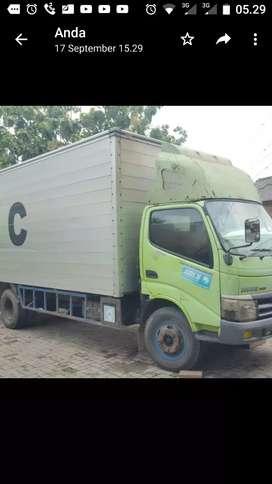 Truk Hino Dutro 130MDL 2010 box alm. Long 5,5 - 6mtr bagus siap kerja