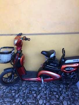 Dijual sepeda listrik merk murai normal banget siap pake mulus parah