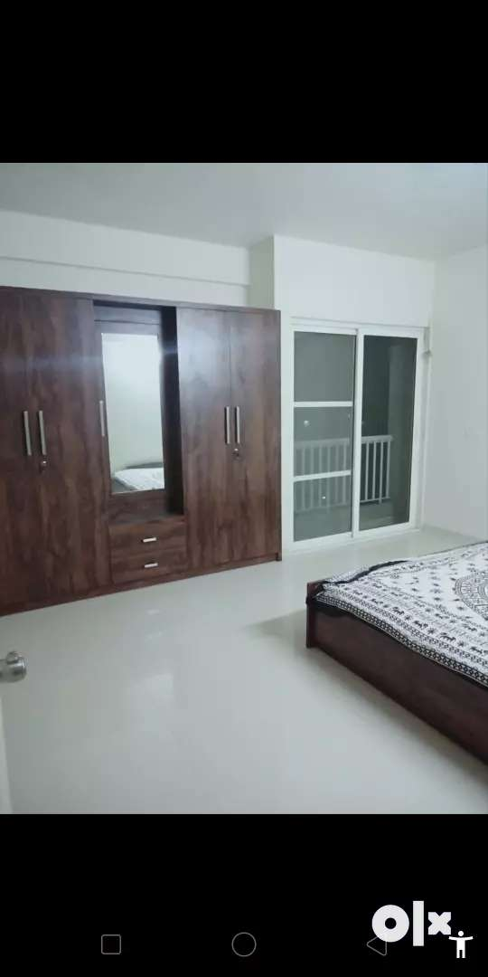 Fully furnished flat in nilember ediface in 25k rent 0