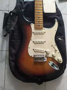 d jual gitar fender stratocaster MIM original standard th 2011