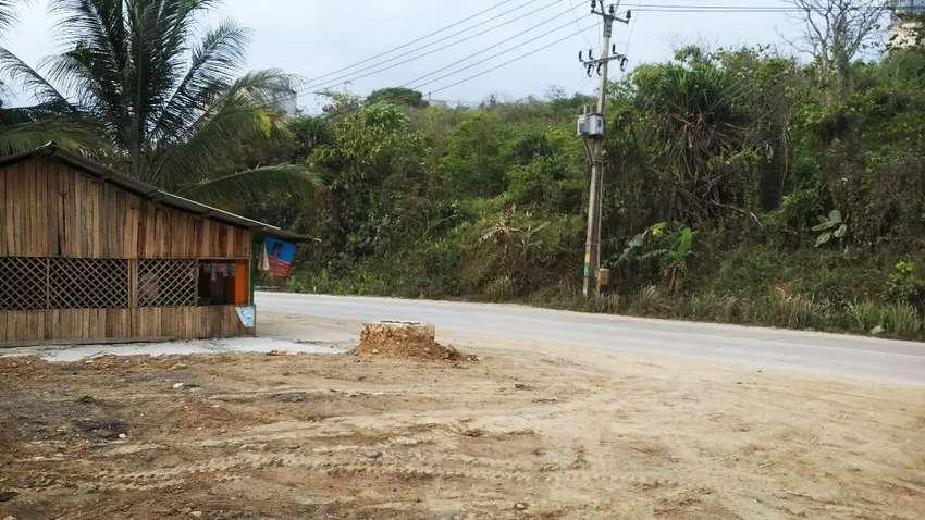 Tanah strategis jalan utama pinggir pantai