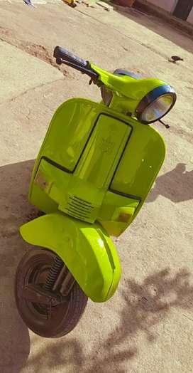Bajaj scooter       super