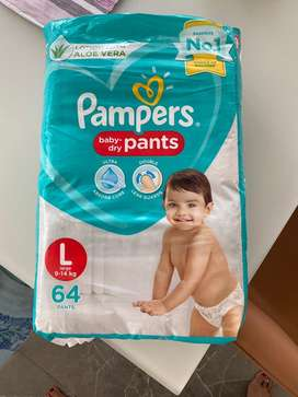 Pampers, large size 9-14 kg,baby dry pants ,lotion with aloe vera