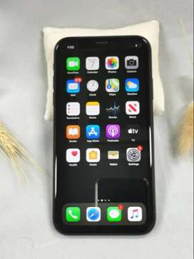 BEST PRICE I PHONE XR BLACK 128 GB  WARRANTY WITH BOX ALL ACCESSORIES