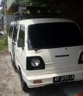 Suzuki cary Bagong putih