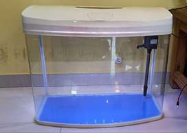 IMPORTED FISH TANK WITH INTERNAL FILTER AND AIR PUMP