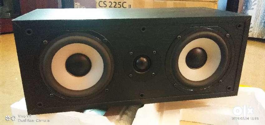 Boston Acoustics CS 225C II Center channel speaker 0