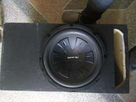 Woofer and amplifier