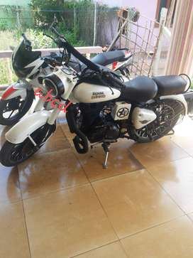 Royal Enfield classic 350..single owner