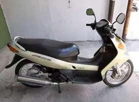Yamaha NOUVO th 2002