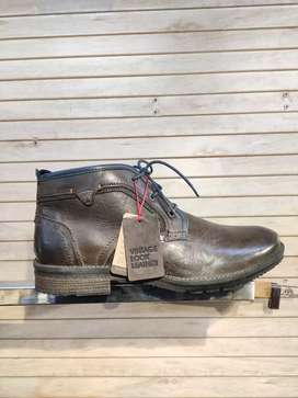 Men's Shoe Boots Original Size 12 Only