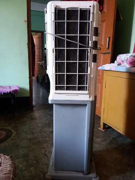 Crompton Cooler (3000/=)