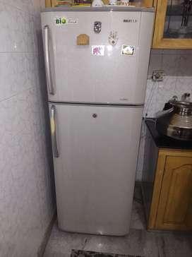 340 litre samsung fridge double door